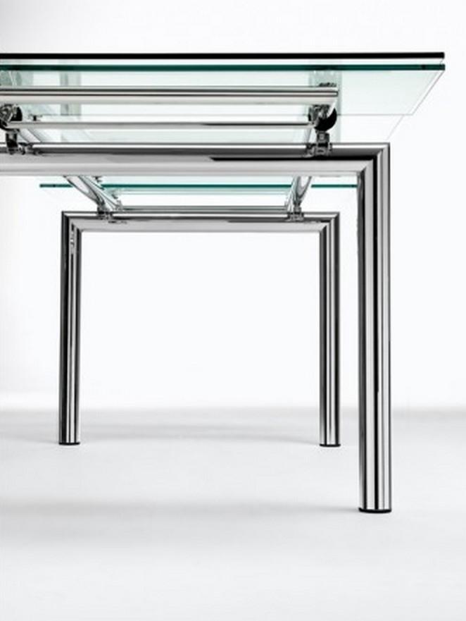 ... di Midj con gambe in cristallo o in acciaio il piano in cristallo