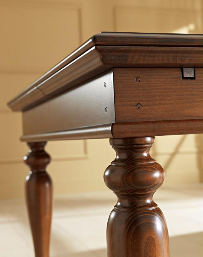 Tavolo classico in legno Siena di Benedetti quadrato