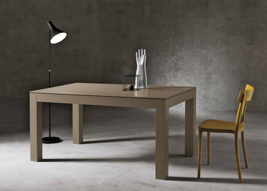 Tavolo Office interamente in legno impiallacciato Noce allungabile da pranzo