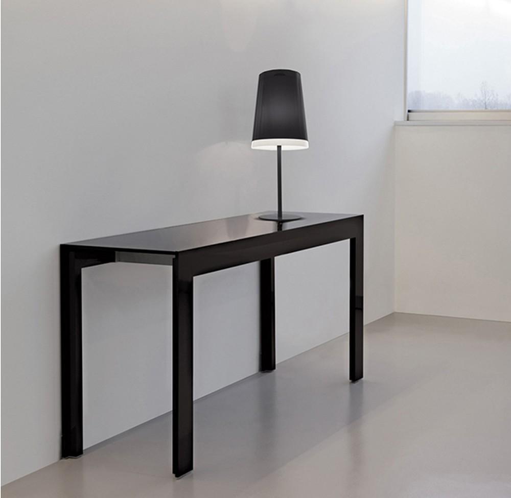 Tavolo consolle matrix tmc pedrali con piano in vetro - Tavolo in vetro nero ...