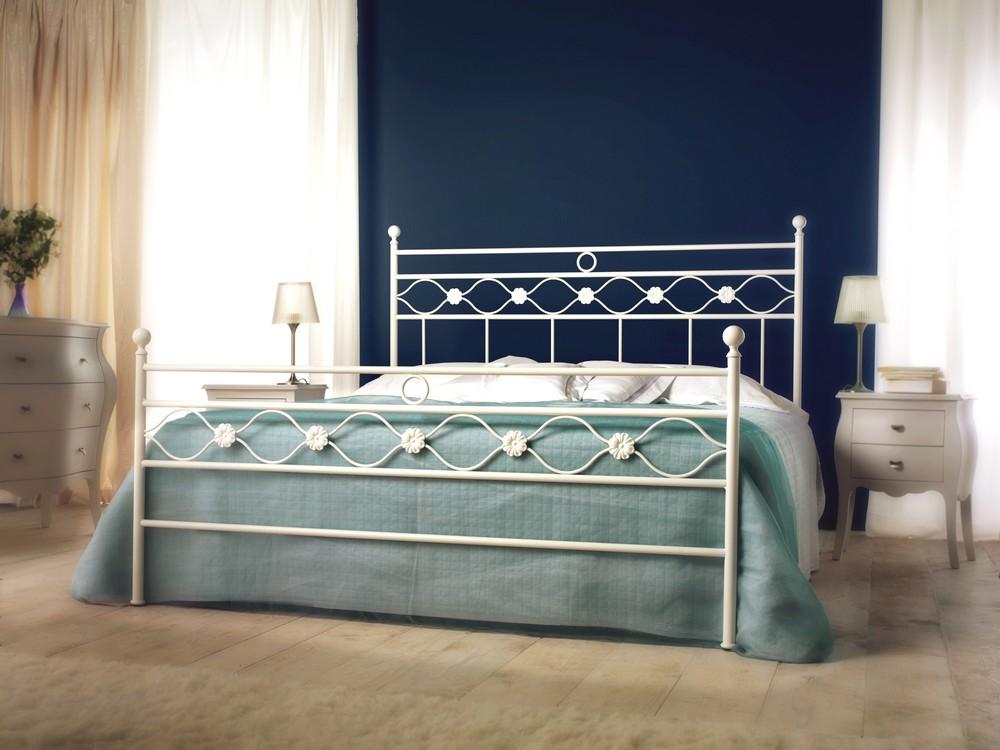 Letto matrimoniale incanto in ferro battuto di cosatto in vari colori e finiture - Letto in ferro battuto bianco ...