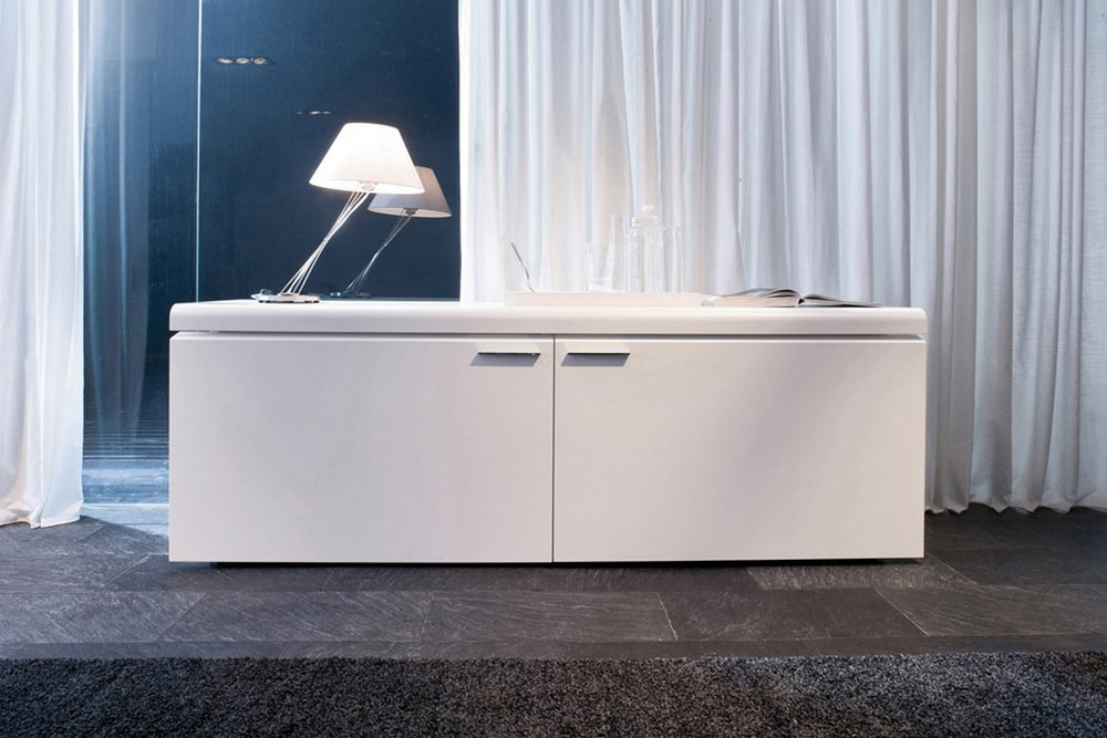 Madia Goya By Tonin Casa Modern Lacquer Ideal For Living