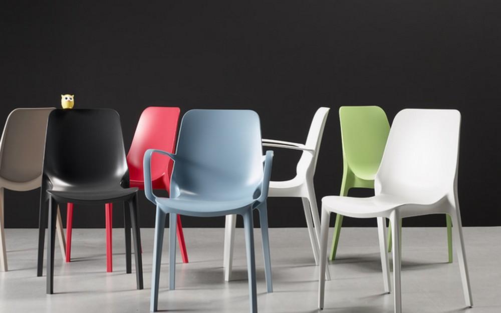 Sedia in plastica impilabile ginevra di scab design da for Sedia di design