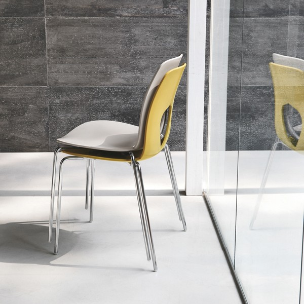 sedia impilabile hole di tonin casa struttura in metallo seduta