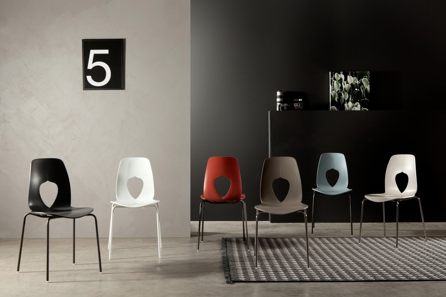 Stackable chair Tonin Hole Metal frame made of polypropylene metal