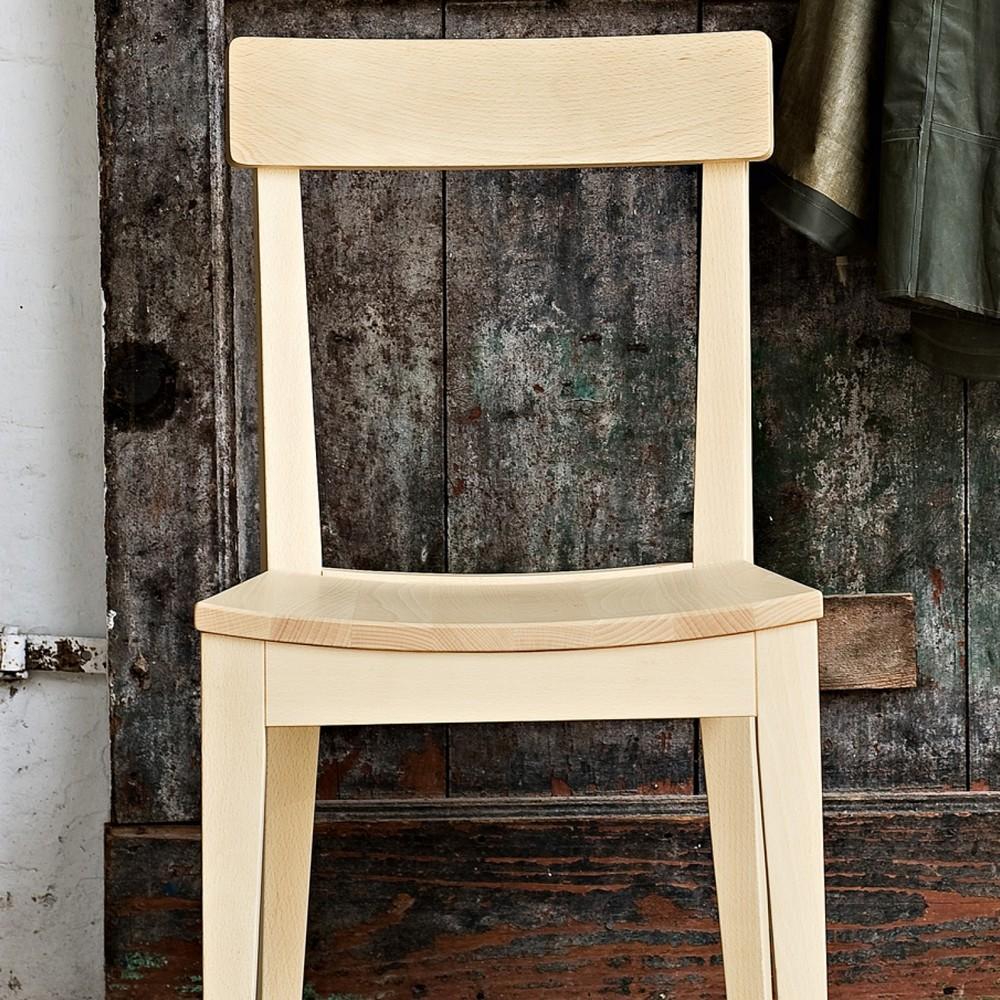 La Locanda di Calligaris è una sedia moderna che rimanda al calore ...
