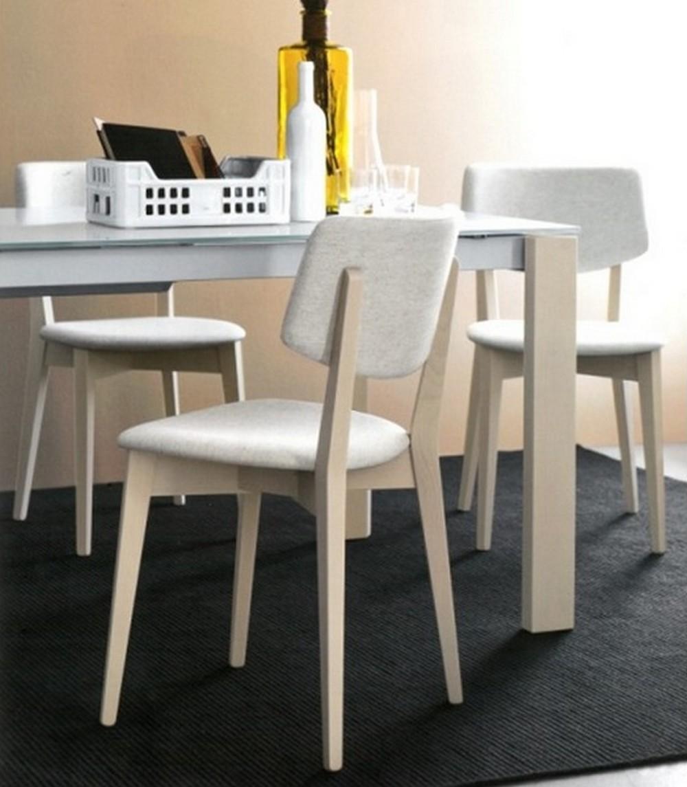 sedia robin di calligaris con struttura legno e seduta in