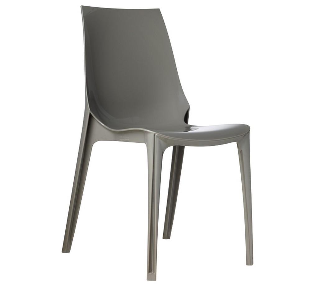 Sedia impilabile in plastica vanity chair di scab design for Sedia di design