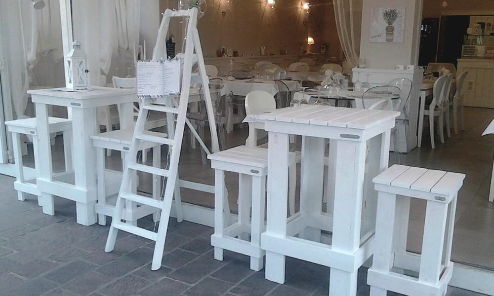 Sgabello alto da bar da giardini per interno e per ristorante in legno