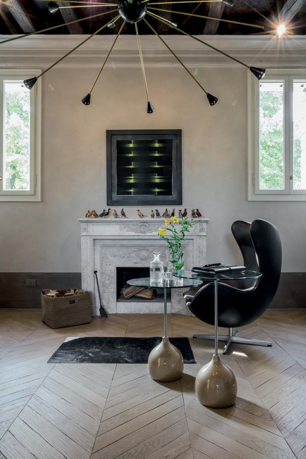 Tavolino base in aglomerato di marmo stelo in metallo - Tavolini tonin casa ...