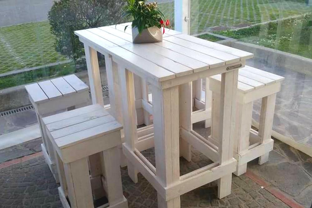 Tavolo alto da bar con sgabelli: forum arredamento progetto per