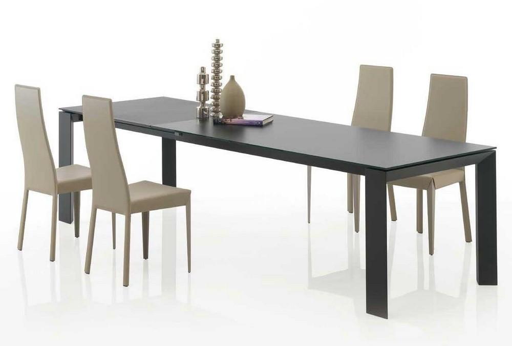 Tavolo allungabile New Edro di Bontempi in cristallo ceramica