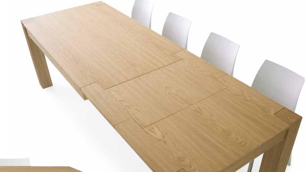 Tavolo allungabile in legno rovere naturale spazzolato for Tavolo allungabile legno rovere
