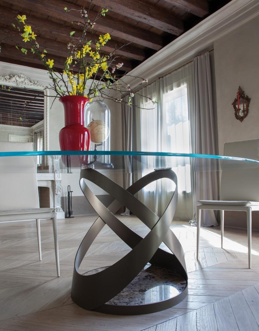 Tavolo fisso in vetro capri di tonin casa di design for Piano di layout di casa