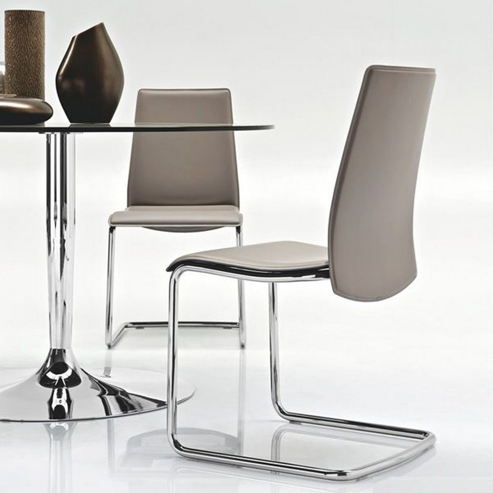 Tavolo planet di connubia by calligaris con piano in vetro for Tavolo calligaris