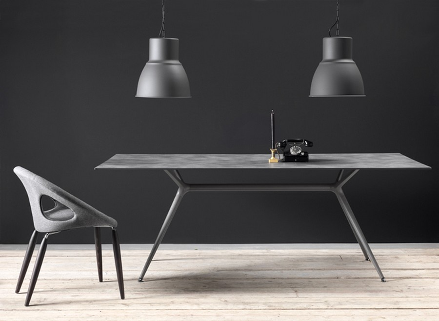 Metropolis of Scab Design XL table with rectangular painted ...