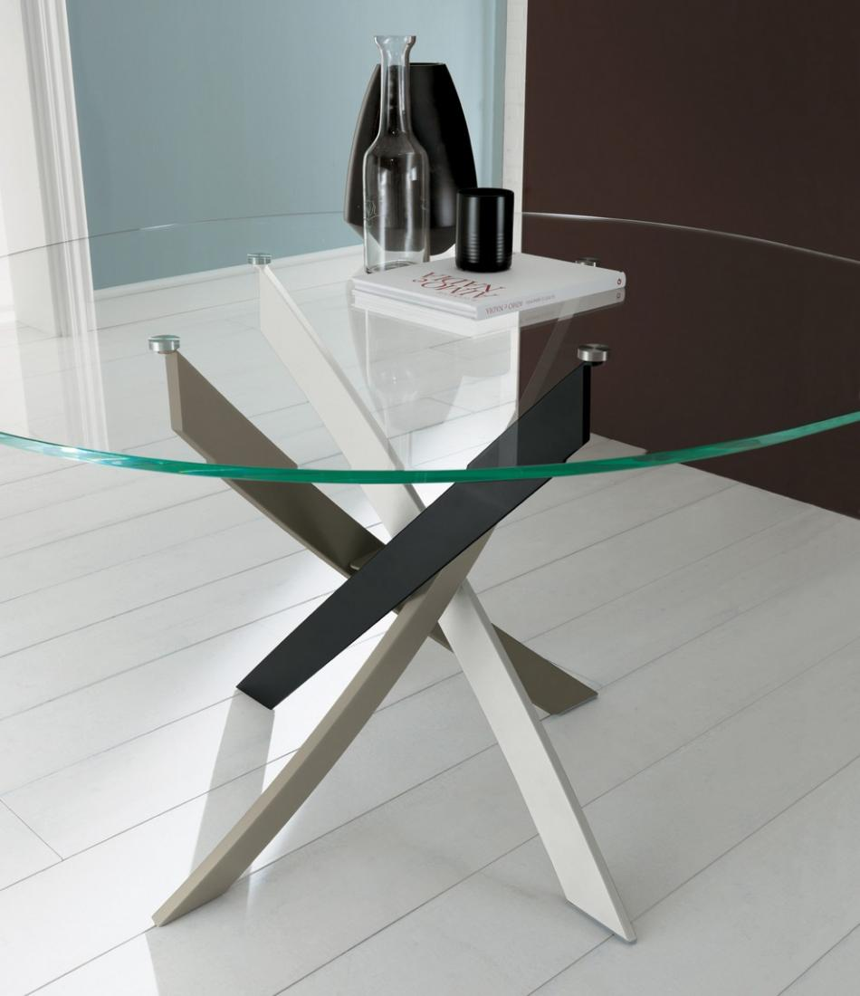 Arredamenti monolocali cucine for Tavolo rotondo vetro