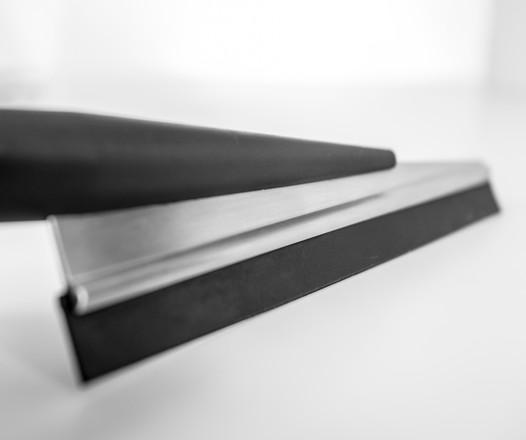 Tergivetro Blade Cut di Cipì per doccia in acciaio