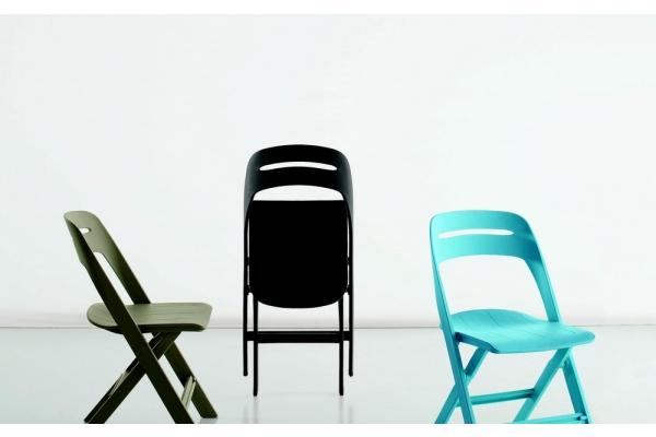 Sedie in plastica colorate moderne impilabili per interno ed ...