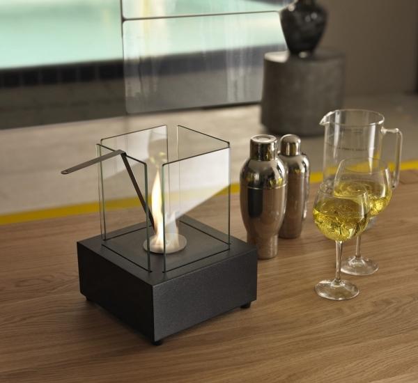 Caminetto a bioetanolo da tavola a base quadrata in - Caminetto da tavolo bioetanolo ...