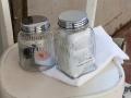Contenitore di Cipì in vetro con coperchio in ottone cromato