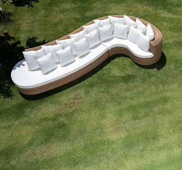 Divano componibile circolare Cloe in alluminio verniciato e intreccio