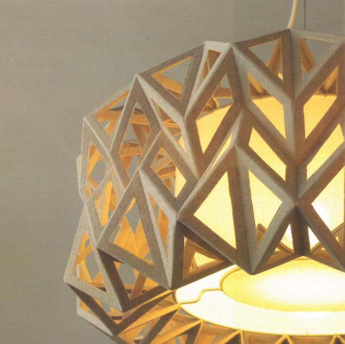 Lampada da soffitto Thistle di Cipì dallo stile origami artigianale