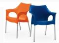 Sedia con braccioli Ola in polipropilene di Scab Design
