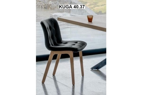 Sedia Kuga di Bontempi con gambe in metallo in legno