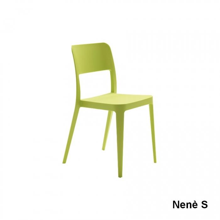 Sedia Nenè di Midj disponibile in varie versioni semplice e elegante