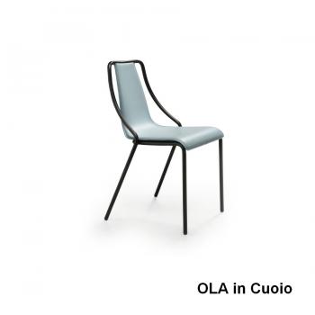 Sedia Ola di Midj in metallo impilabile per interno ed esterno