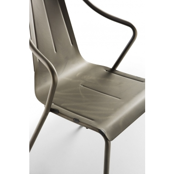 Sedia Ola S di Midj in ferro impilabile per interno ed esterno