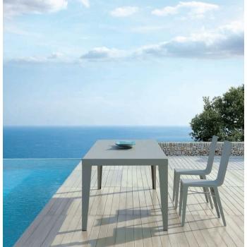 Sedia Skyline di Vermobil in acciaio zincato da giardino