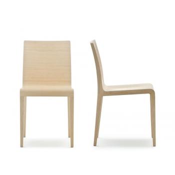 Sedia Young 420 di Pedrali in legno