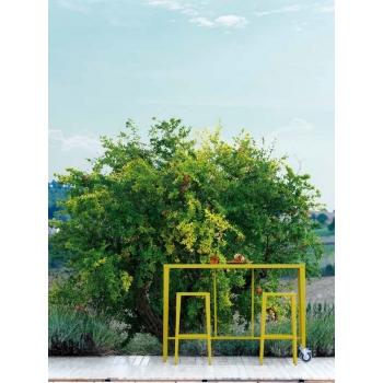 Sgabello Skyline di Vermobil in acciaio zincato da giardino