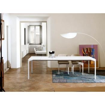 Tavolo Armando di Midj con piano e struttura in acciaio bianco