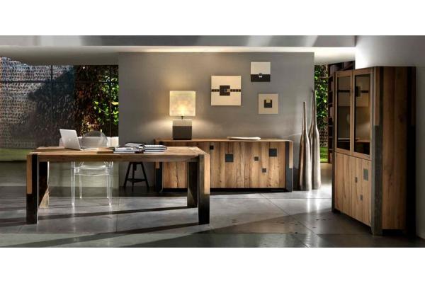 Tavolo Arri in legno rovere vecchio con gambe in legno o ferro