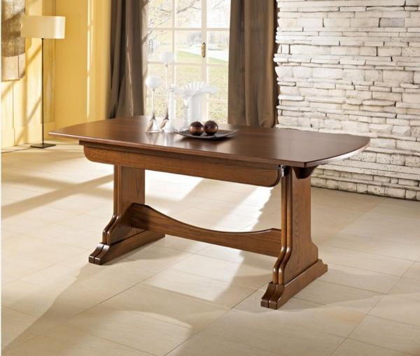 Tavolo dallo stile classico BagL100 di Benedetti interamente in legno