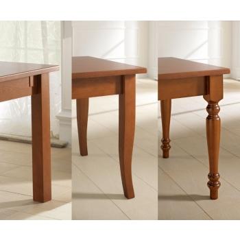 Tavolo dallo stile classico Brio di Benedetti interamente in legno
