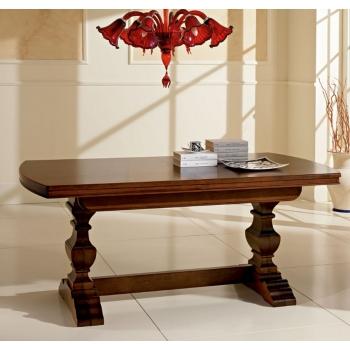 Tavolo dallo stile classico Rossini di Benedetti interamente in legno