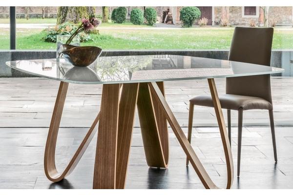 Tavoli tavolini e consolle di design allungabili in for Tavolini in legno e vetro