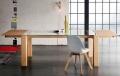 Tavolo Sidney allungabile di Altacorte in legno con piano in vetro
