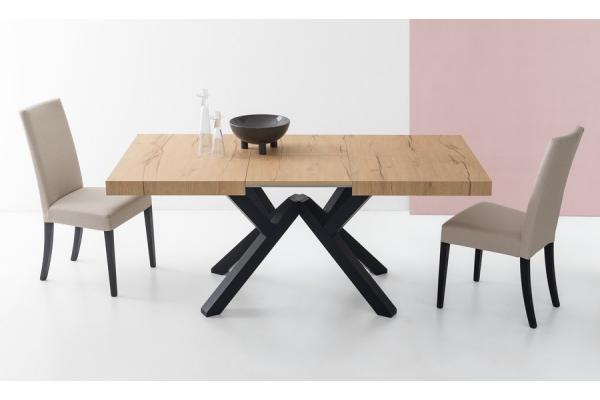 Connubia ausziehbarer Mikado-Tisch von Calligaris mit Buchebeinen