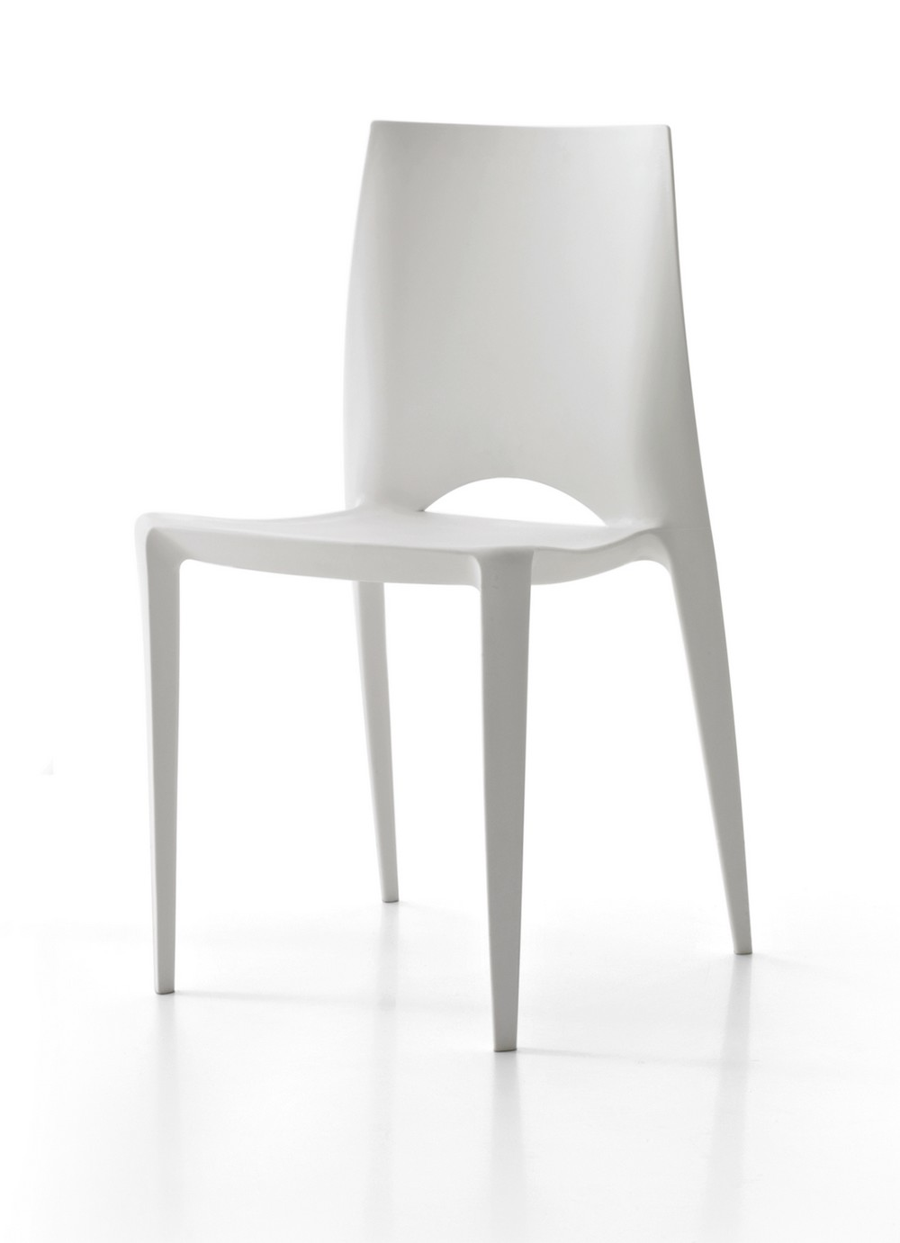 Emy chair made of polypropylene Point