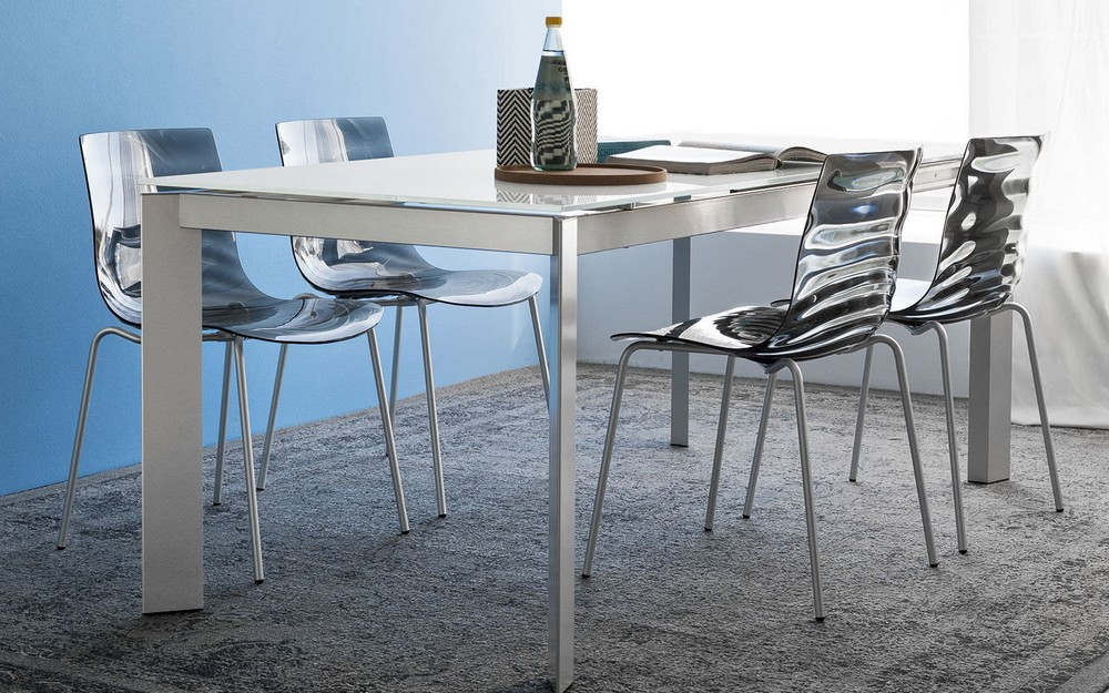 Chair of the Eau Connubia by Calligaris