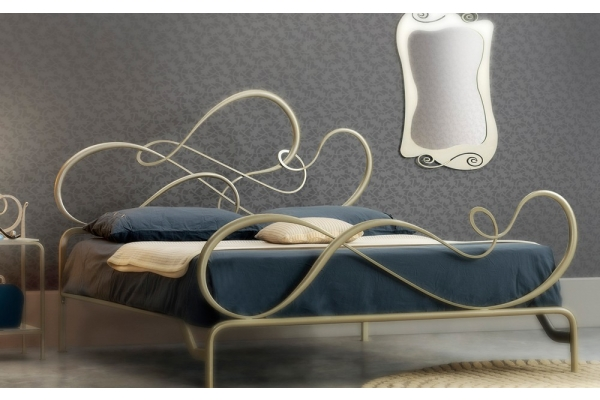 Blues bed wrought iron cosatto