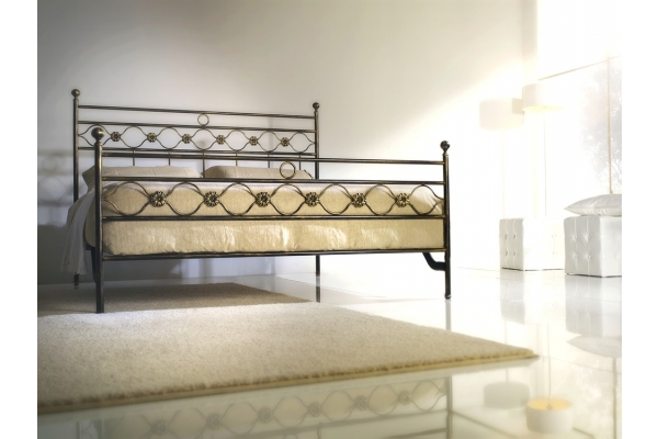double bed in wrought iron Charm of Cosatto 170