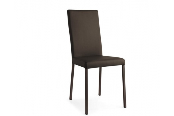 Garda Connubia Calligaris chair upholstered in faux leather