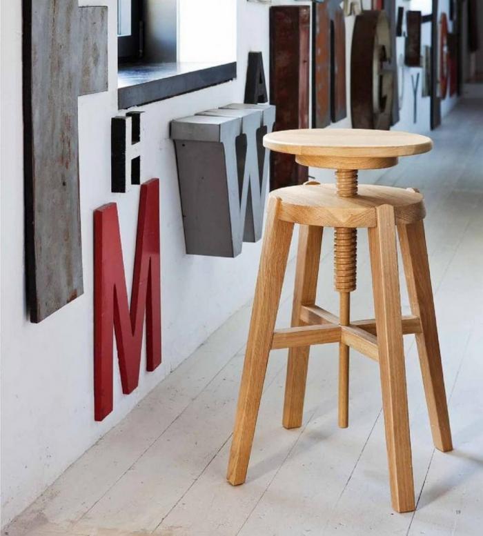 Move stool wooden Altacorte