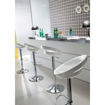 Zoe stool by Ingenia Bontempi swivel and adjustable in height